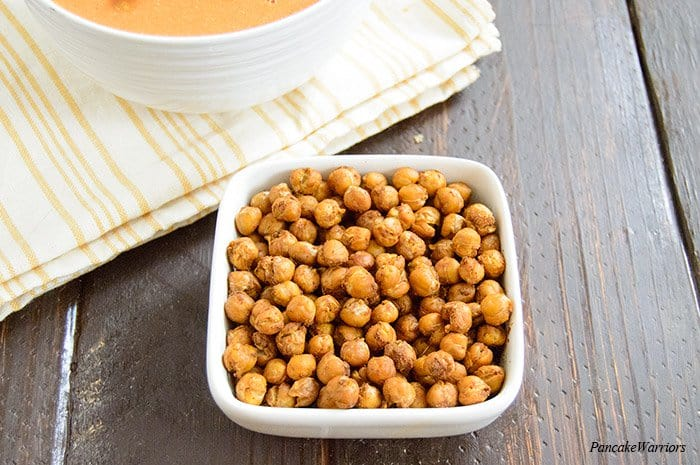 Moroccan Spiced Roasted Chickpeas in a bowl