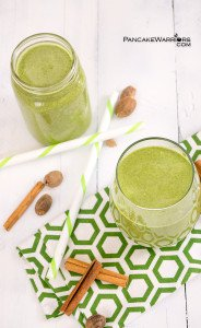 A healthy, simple breakfast is just minutes away! Pumpkin spice green smoothies taste like your favorite pumpkin spice sweet treat instead of a nourishing green smoothie! Perfect for breakfasts on the go! Vegan, gluten free, paleo option.   www.pancakewarriors.com