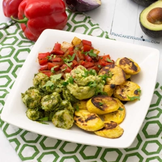 This simple, healthy shrimp chimichurri with plantains and smoky vegetables is the perfect dinner recipe! Ready in under 20 minutes, it's gluten free, paleo, whole30, grain free, and full of flavor! | www.pancakewarriors.com