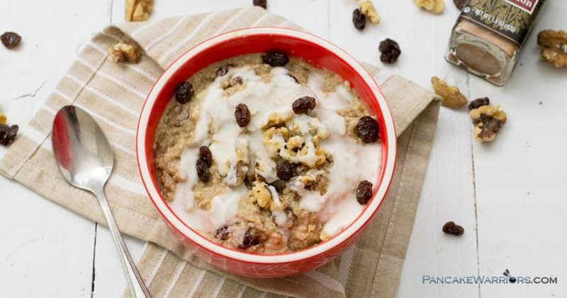 Bursting with flavor this bowl of cinnamon bun caulioats is the perfect breakfast or pre workout meal! If you are trying to get more veggies in your day then this vegan, gluten free, paleo, whole30 approved breakfast is for you!! | www.pancakewarriors.com
