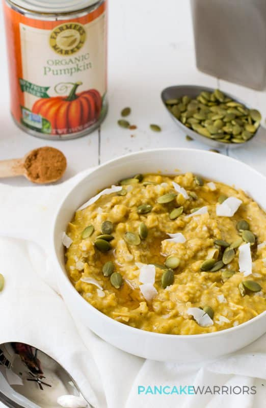 This simple grainfree pumpkin cauliflower oatmeal recipe is vegan, gluten free, grain free, paleo and delicious! Perfect way to start the day! | www.pancakewarriors.com