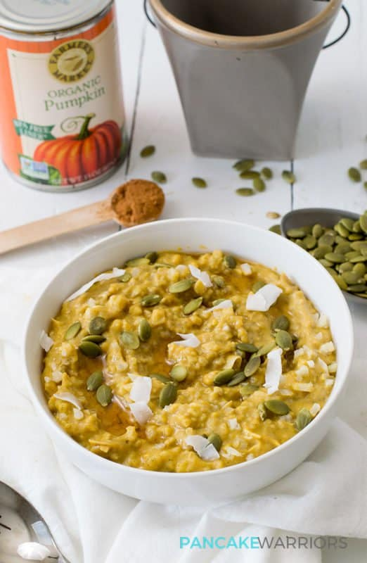 This simple grainfree pumpkin cauliflower oatmeal recipe is vegan, gluten free, grain free, paleo and delicious! Perfect way to start the day! www.pancakewarriors.com