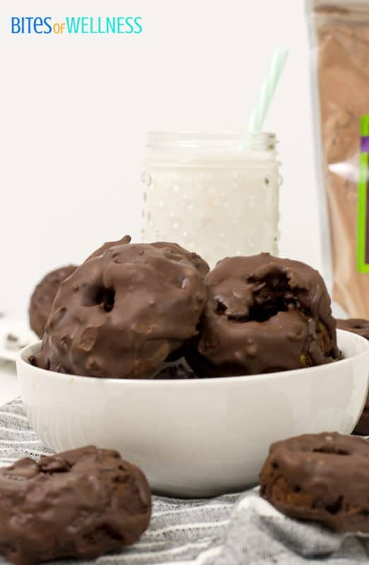 Try these gluten free high protein chocolate zucchini donuts today! Such a delicious healthy treat! | www.bitesofwellness.com