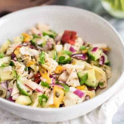This chopped greek salad is the perfect lunch or dinner recipe! Vegan, paleo, grain free and Whole30 approved! |#vegan #greeksalad #paleo #whole30 | bitesofwellness.com