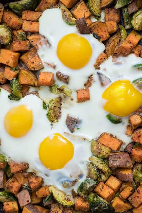 This sweet potato breakfast hash is the perfect savory breakfast! Whole30, paleo, grain-free, vegetarian (with a vegan option). #paleo #whole30 #sweetpotato #breakfast #grainfree | bitesofwellness.com