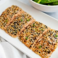 Salmon fillet with everything bagel seasoning on top