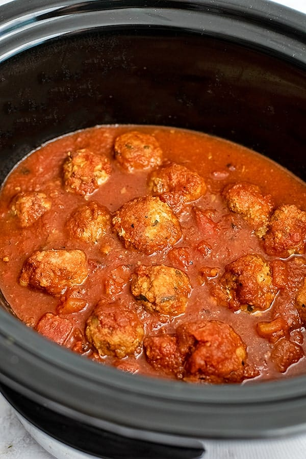 Crockpot filled with Whole30 turkey meatballs