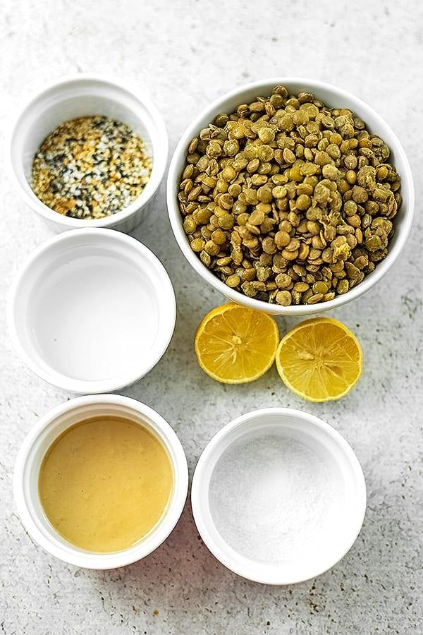 Ingredients for everything bagel hummus.