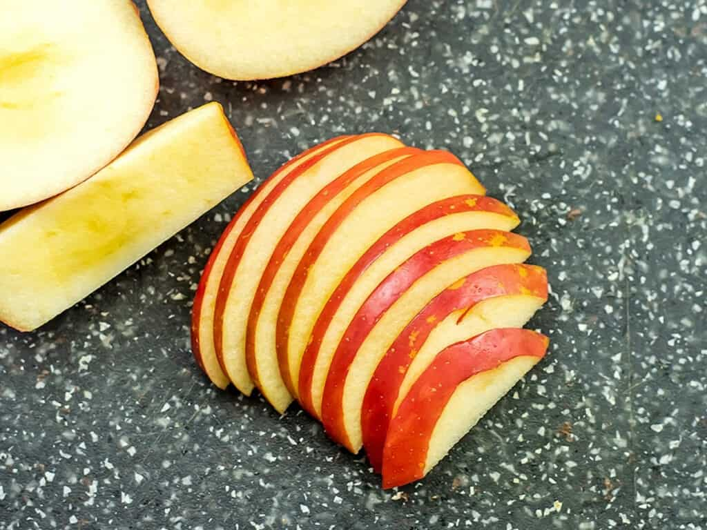 How to thinly slice apple.