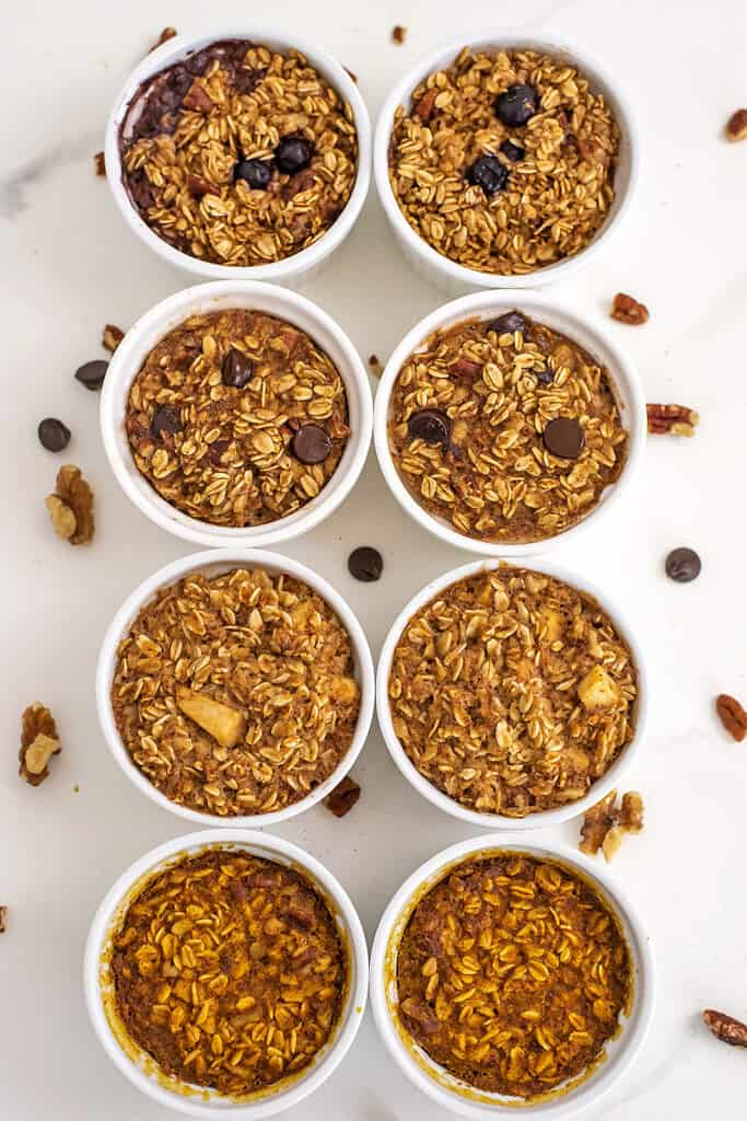 Baked oats for one in 4 variations in ramekins.